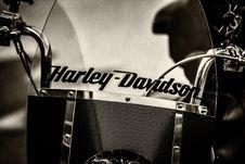 Free Graysacle Photography Of Black Harley-davidson Motorcycle Stock Images - 104450064
