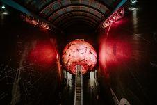 Free Modern Planetarium Royalty Free Stock Images - 104450139