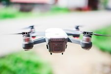 Free Black Spark Quadcopter Stock Images - 104512854
