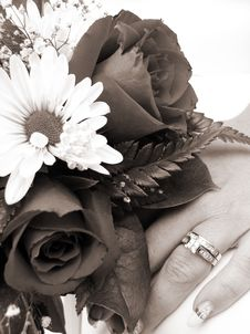 Bride S Wedding Ring Hand And Bouquet Closeup Sepia Stock Images