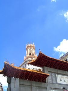 Free Chinetown Entrance, Havana Royalty Free Stock Photography - 1055387