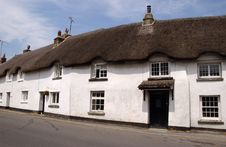 Free Thatched Cottages Royalty Free Stock Photos - 1059328