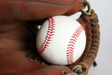 Free Baseball And Glove Royalty Free Stock Photography - 1059557
