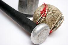 Free Baseball And Bat Royalty Free Stock Image - 1059746