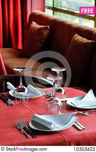 Free Restaurant Table Royalty Free Stock Photo - 10505625