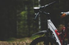 Free Selective Focus Photography Of Mountain Bike Royalty Free Stock Photography - 105912027