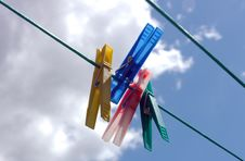 Free Pegs On Clothes-line Royalty Free Stock Image - 1065996