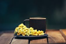Free Cup And Flowers On Saucer Plate Stock Image - 106006161