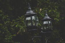 Free Black Street Lamps Stock Photos - 106058523