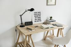 Free Wooden Desk With Books On Top Royalty Free Stock Image - 106173926