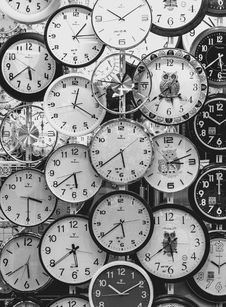 Free Black And White Photo Of Clocks Royalty Free Stock Photography - 106174077