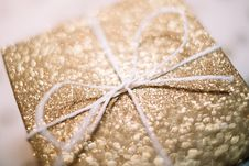 Free Brown And White Gift Box Royalty Free Stock Image - 106424366