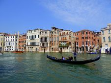 Free Waterway, Canal, Gondola, Water Transportation Royalty Free Stock Photography - 106732387