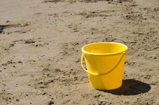 Free Child S Pail Royalty Free Stock Image - 1070136