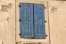 Free Blue Shutters Royalty Free Stock Images - 1072589