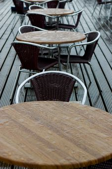 Free Wet Pavement Cafe Stock Image - 1073001