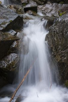 Free Waterfall Royalty Free Stock Photography - 1077827