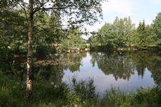 Free Nice Lake, Mirroring Trees Stock Photos - 1079923