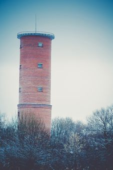 Free Brick Water Tower Retro Royalty Free Stock Image - 107179496