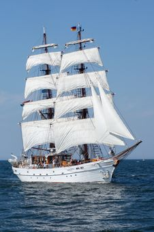 Free Sailing Ship, Tall Ship, Ship, Full Rigged Ship Stock Photos - 107842103