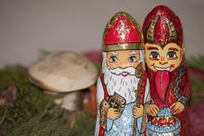 Free Lawn Ornament, Garden Gnome, Tradition Stock Photos - 107950793