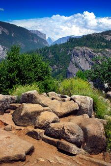 Free Yosemite National Park Royalty Free Stock Photos - 1081708