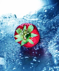 Free Rushing Water With Strawberry Stock Image - 1087221