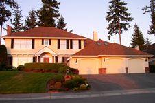 Free Luxury House Stock Photography - 1087702