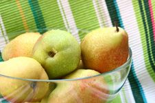 Free Pears Royalty Free Stock Photos - 1088208