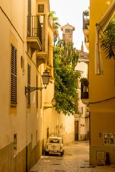 Free Yellow, Town, Neighbourhood, Alley Stock Photography - 108045852