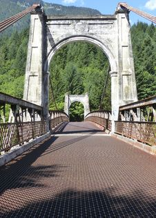 Free Bridge, Iron, Fixed Link, Arch Bridge Stock Photos - 108316593