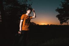 Free Close-up Photo Of A Man Wearing Orange Shirt Royalty Free Stock Photos - 108798488