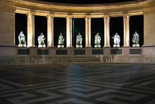 Free Heroes  Square At Night - Budapest, Hungary Stock Image - 1091631