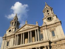 Free St Paul S Cathedral In London Royalty Free Stock Images - 1092479