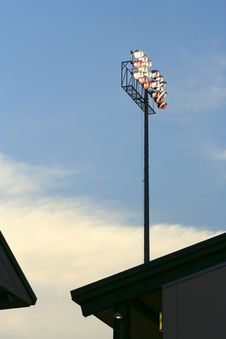 Free Stadium Lights-Early Evening Royalty Free Stock Images - 1092919