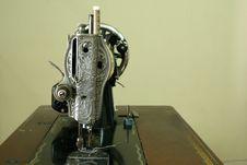 Free Vintage Sewing Machine Stock Photo - 1094590