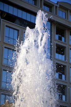 Free Fontana 4 Royalty Free Stock Image - 1095396