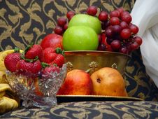 Free Brass Bowl Of Fruit With Cut Glass And Crystal Stock Image - 1098521