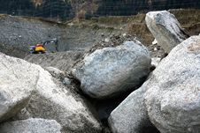 Free Rock, Boulder, Geological Phenomenon, Bedrock Stock Photo - 109023100