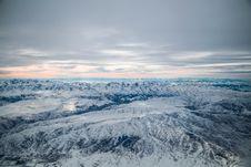 Free Snowfield Over Horizon Stock Photo - 109053430