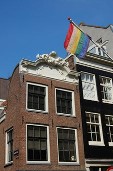 Free Rainbow Gay Flag With Houses In Amsterdam Holland Royalty Free Stock Photo - 10951405