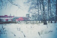 Free Old Factory In The Winter Retro Royalty Free Stock Images - 109585809