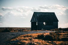 Free Abandoned House Royalty Free Stock Images - 109635439
