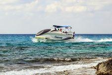 Free Water Transportation, Coastal And Oceanic Landforms, Motorboat, Boat Royalty Free Stock Photo - 109830385