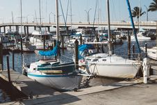 Free Boats, Bridge, Coast Royalty Free Stock Photo - 109883655