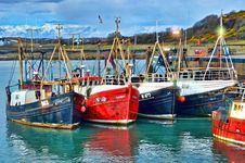 Free Red Blue And White Fishing Boats On Dock During Daytime Stock Images - 109883824