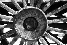 Free Grayscale Photography Of Carriage Wheel Royalty Free Stock Images - 109885279