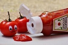 Free 2 Tomatoes Beside Tomato Ketchup Ketchup Stock Photography - 109885842