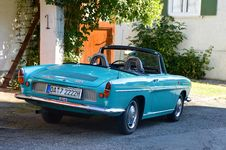 Free Teal Vintage Convertible Stock Images - 109886054