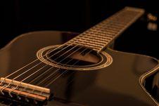 Free Black Acoustic Guitar Royalty Free Stock Image - 109886196